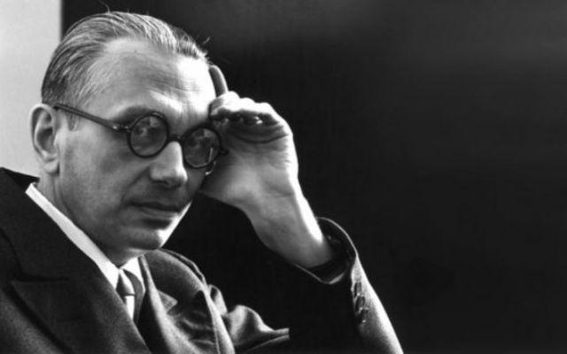 Kurt Godel, matematicianul care a folosit logica pentru Dumnezeu